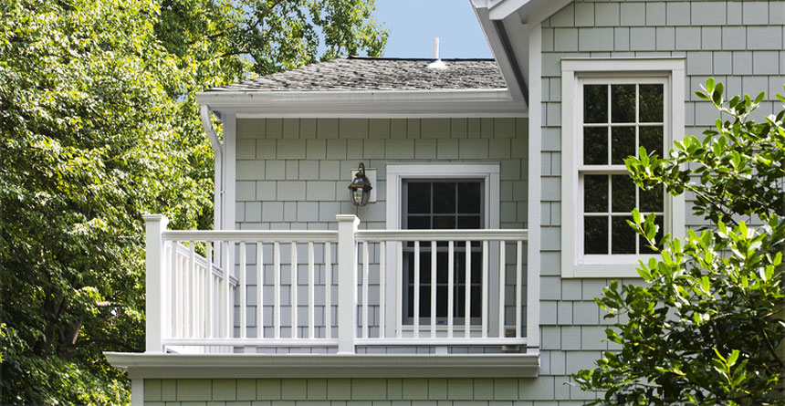 HardieShingle® Siding in Straight Edge Panel Home